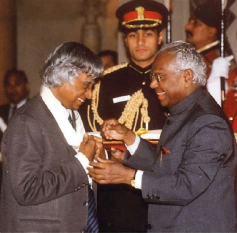 biography of nelson mandela in tamil where can i get some old and rare photos of a p j abdul