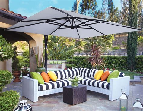 patio set umbrella the ultimate patio umbrella buyers guide