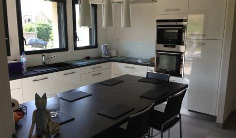 cuisine en u avec table cuisine en u avec table affordable table banc cuisine