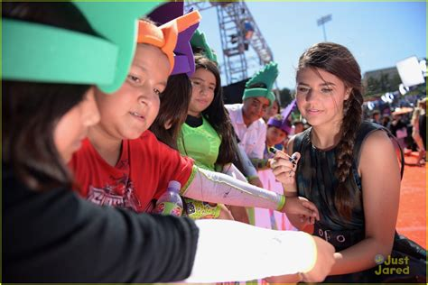 madison beer ucla bethany hamilton gabby douglas pick up blimps at kids