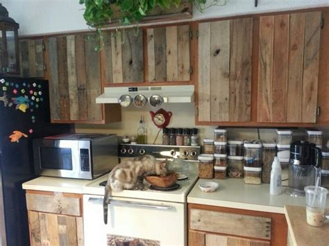 Reused Kitchen Cabinets Diy Wood Pallet Projects For Kitchen Pallet Wood Projects