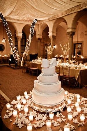 tips for decorating your wedding cake table ahava weddings