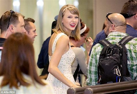 taylor swift japan dates taylor swift jets out of japan as she heads to indonesia