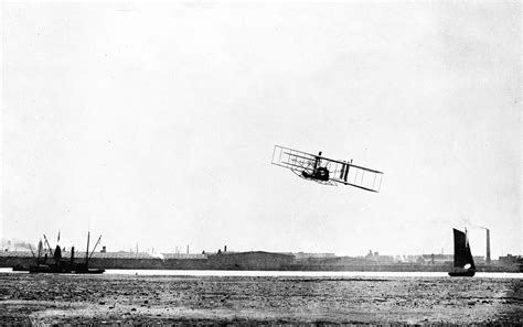 Wright Brothers flight with the wright brothers 1902 1909
