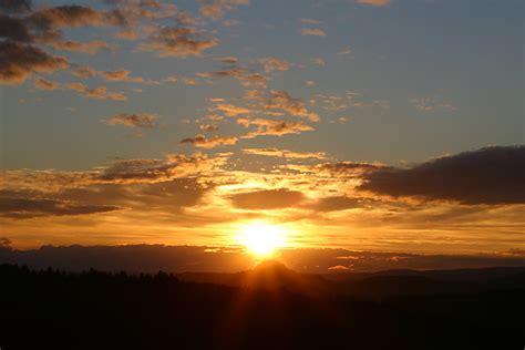 wann ist heute sonnenuntergang sonnenuntergang 252 ber der festungsruine hohentwiel bei