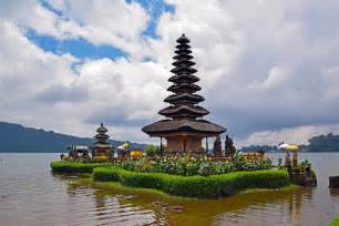 top  attractions  bali  indonesia travel