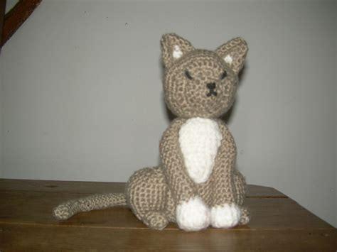 Chat Au Crochet Modele Gratuit amigurumi chat au crochet la magie des mailles