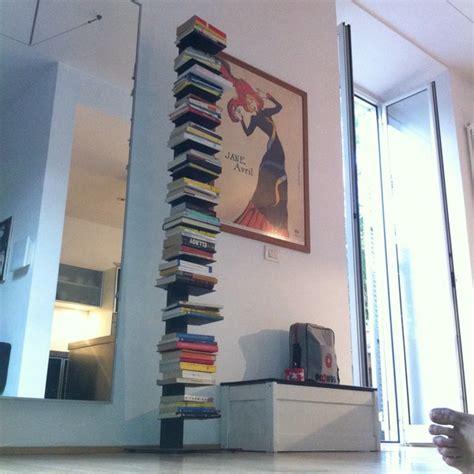 libreria a colonna design libreria totem colonna design minimal in ferro nero