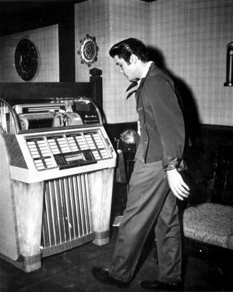 imagenes historicas rock elvis at the jukebox 1957 fotos hist 243 ricas y el rock