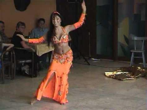 Belly Set Performance Anak Ulit katka derouet krej芻ov 225 orient 225 ln 237 b蝎i蝪n 237 tanec ch doovi