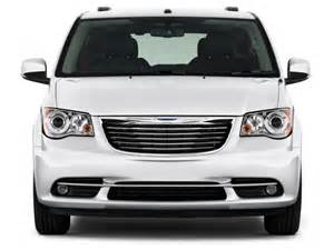 chrysler town and country interior photos 2012 town and country interior photos