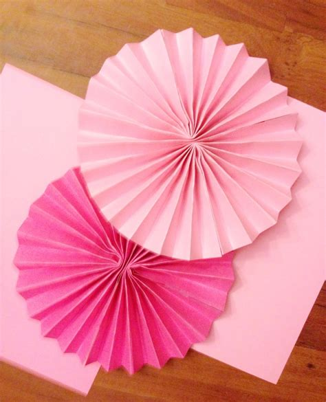 How To Make Rosettes Out Of Paper - where to buy paper rosettes pay someone to write my essay