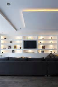 lounge beleuchtung 25 best ideas about tv wall shelves on