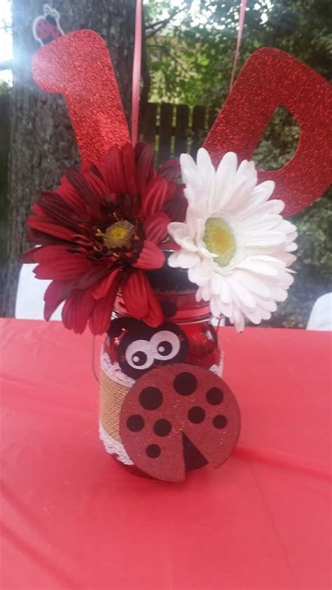 Ladybug Baby Shower Centerpieces by 25 Best Ideas About Ladybug Centerpieces On