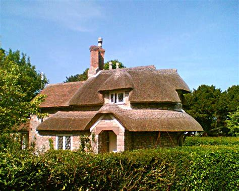 Cottage B B by File Circular Cottage Blaise Hamlet Jpg Wikimedia Commons