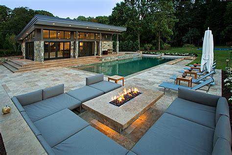 Wonderful Outdoor Gas Fireplace Designs #2: 5-fire-pit-modern-gas.jpg