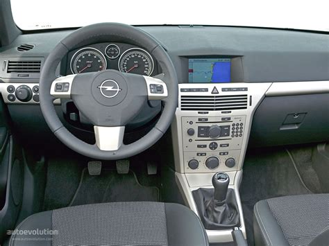 Opel Astra 2011 Interior by Opel Astra Interior Wallpaper 1024x768 20643