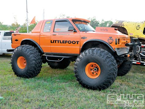 monster truck videos in mud off road trucks mud www pixshark com images galleries