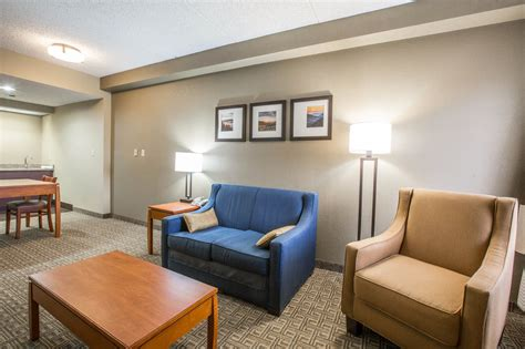 Comfort Inn Teaster Pigeon Forge by Book Comfort Suites Pigeon Forge Pigeon Forge Usa