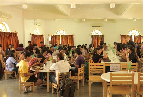 design lab pune fees structure and courses of mit world peace university
