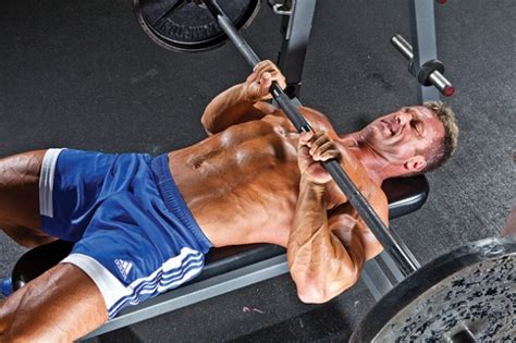 correct grip for bench press top 10 exercises to achieve an athletic build