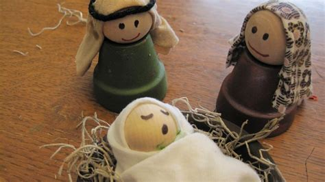 parenting in blue jeans clay pot nativity