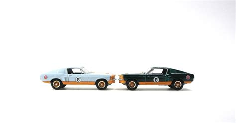 gulf racing mustang chase vs regular greenlight gulf racing 1967 ford