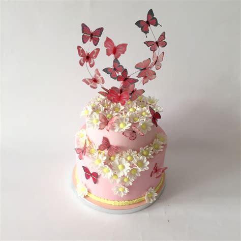 torta fiori e farfalle torta comunione con farfalle in wafer paper e margherite