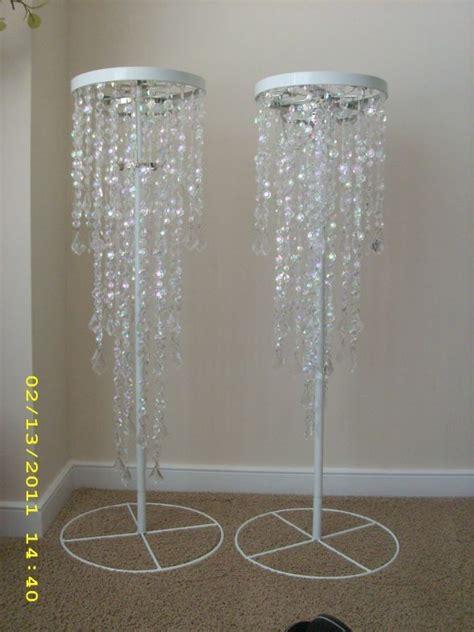 chandeliers centerpieces for weddings best 25 chandelier centerpiece ideas on