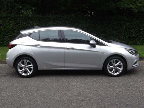 vauxhall silver 16 16 vauxhall astra 1 6cdti sri 5 door aitchisons