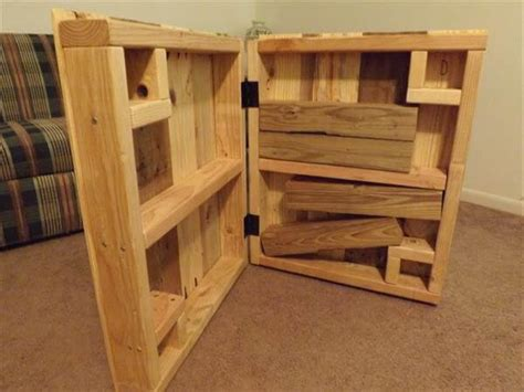 build table removable legs diy pallet coffee table with removable legs 101 pallets