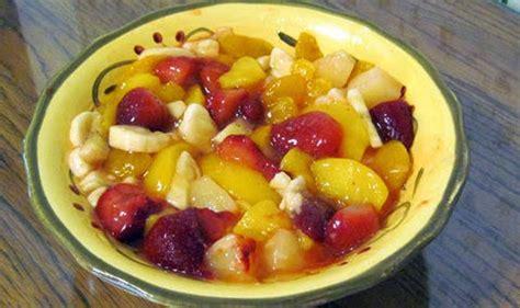 alat membuat salad buah diet menu cara membuat salad untuk menu diet