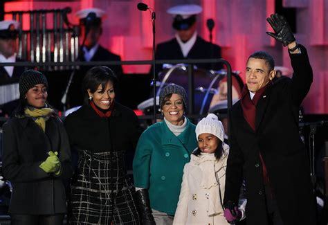 first family obama marian robinson photos photos president obama and first