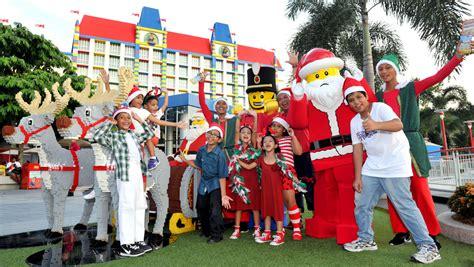 legoland christmas legoland malaysia lego santa s extravaganza 2015 culture