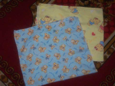 Slabber Celemek Bayi Anak Perlengkapan Newborn Lahir Baju Peralatan celana bayi celana dalam sarung tangan kaki bayi