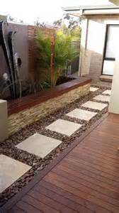 Side landscape pinterest paving stones large white and stones