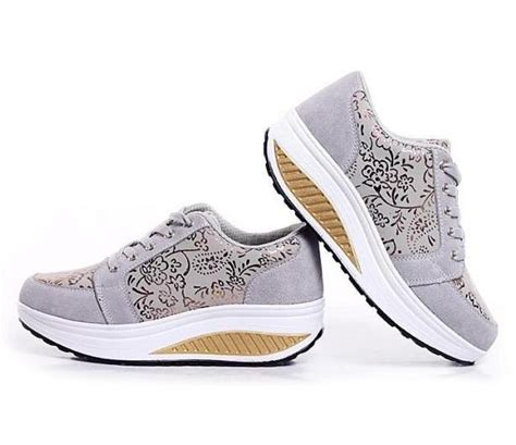 sepatu sneakers related keywords suggestions sepatu sneakers keywords