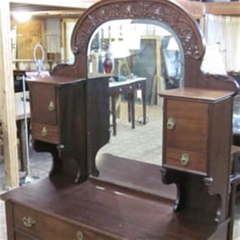 New Orleans Furniture Stores by Canal Furniture Liquidators 11 Photos Thrift Stores Mid City New Orleans La Reviews