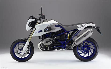 bmw hp2 megamoto widescreen bike picture 01 of 16