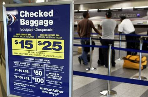 united checked bag fees how to avoid paying into 3 8 billion worth of baggage fees