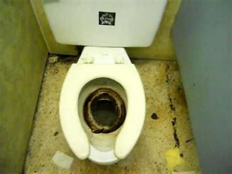 disgusting bathroom pictures the world s most disgusting bathroom youtube