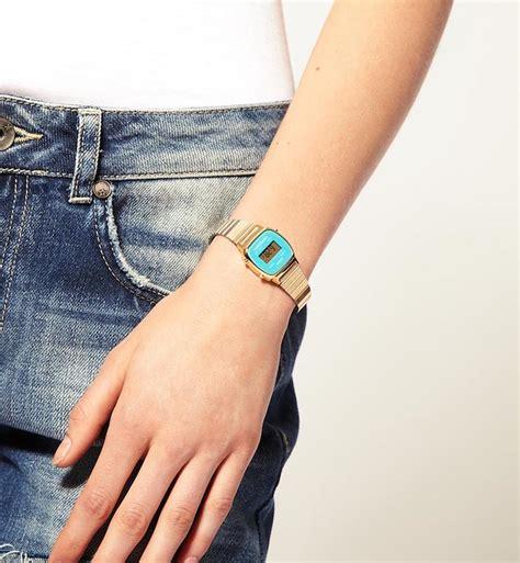 Jam Tangan Gelang Antik Biru Gelap jam tangan casio bagus pada waktu pada saat antik