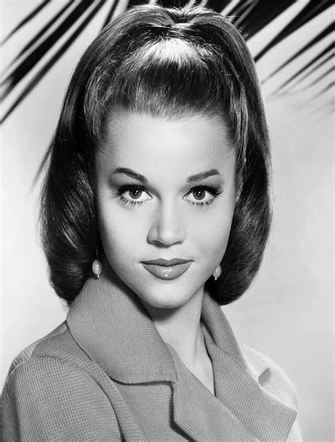 young celebrity photo gallery jane fonda as young woman
