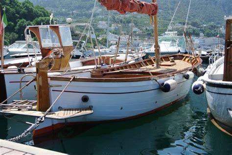gozzo cabinato in vendita gozzo classico aprea vela aurica motore in vendita a