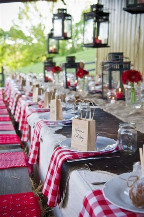 Western Wedding Table Decoration. http://memorablewedding