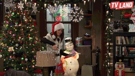 how i met your mother christmas gif by tv land find