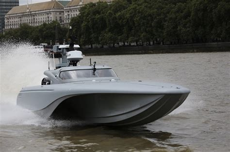 ybw motor boat forum royal navy tests drone boat mast on the river thames ybw