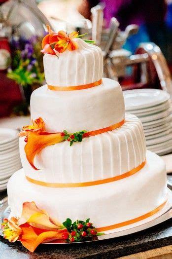 Hochzeitstorte Orange by Hochzeitstorte Mit Calla Frisch Und Modern Orange