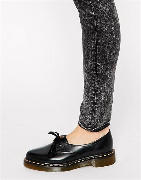 dr martens dr martens siano 1 eye black flat shoes