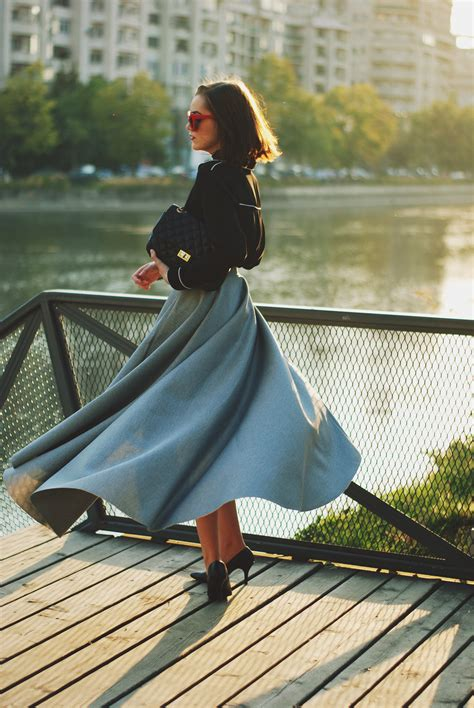 grey skirt bow tie top romantic fall outfit idea
